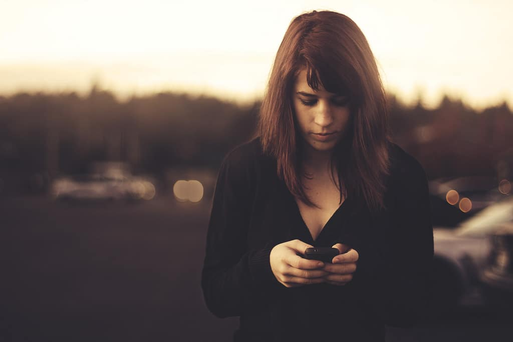 SMS - Qui doit envoyer le premier ?